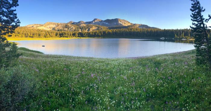 Panorama of First Dinkey Lake